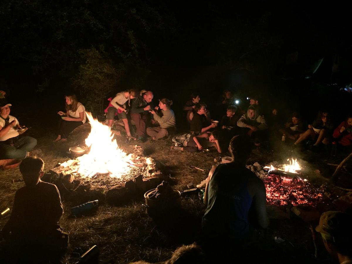 Immersion nature famille - feu de camp